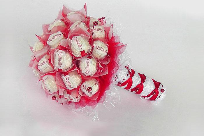 Мастер класс букеты из конфет рафаэлло своими руками