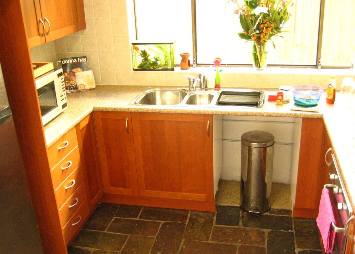 Кухни с газовыми колонками в хрущевке дизайн малогабаритные