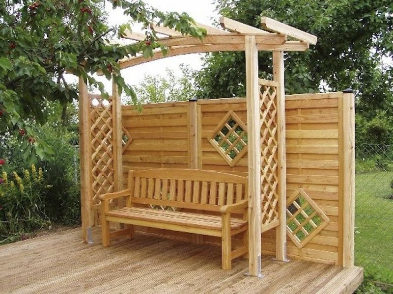 Изделия из дерева для сада и дачи