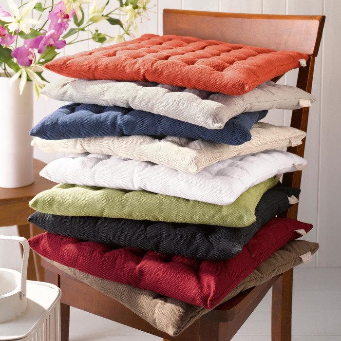 Сшить мягкие подушки на стулья