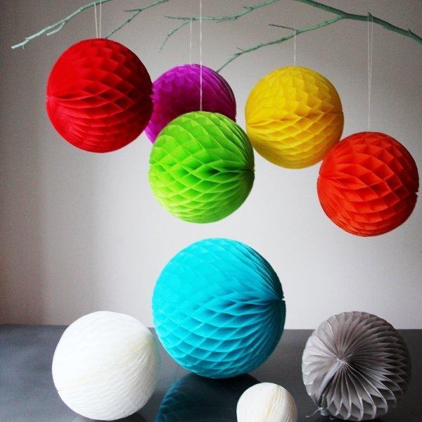 Сделать большие шары из бумаги