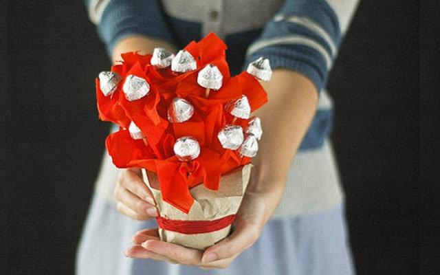 Поделки своими руками в подарок девушке 10