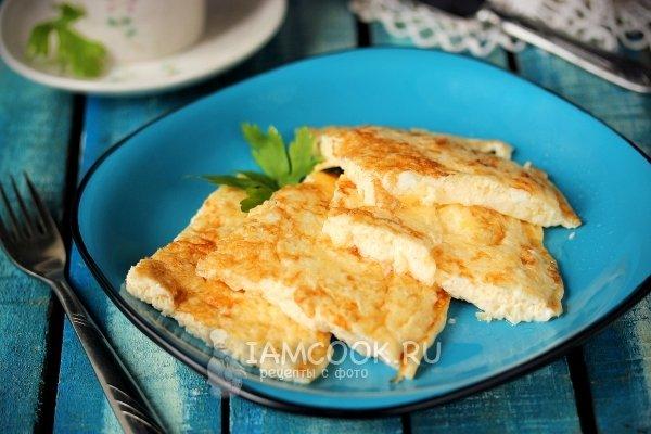 Омлет рецепт на сковороде с молоком классический рецепт