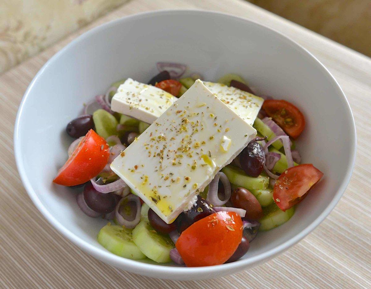 Салат греческий пошаговое