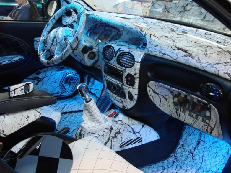 Обшивка автомобиля своими руками