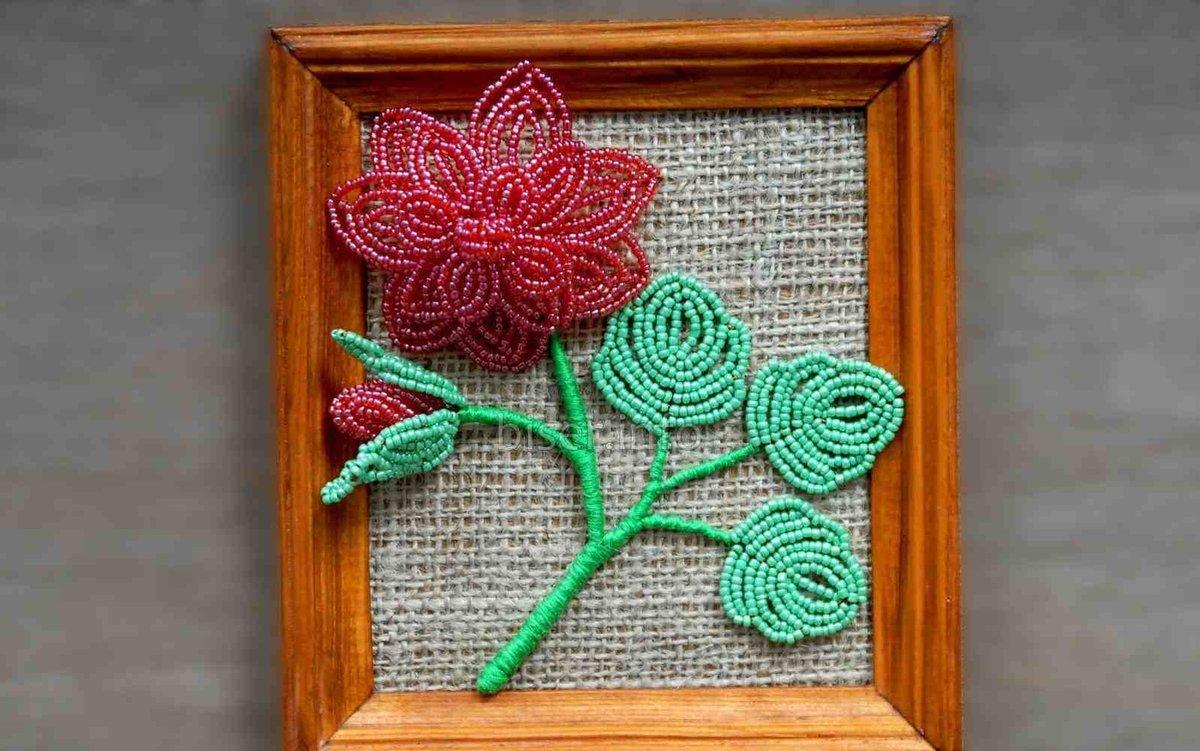Панно цветов из бисера фото