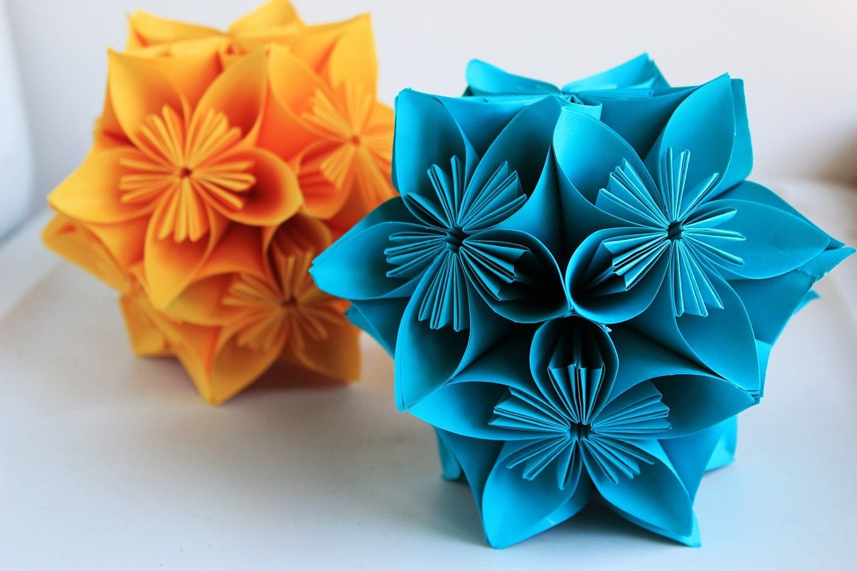 Цветок из бумаги своими руками кусудама