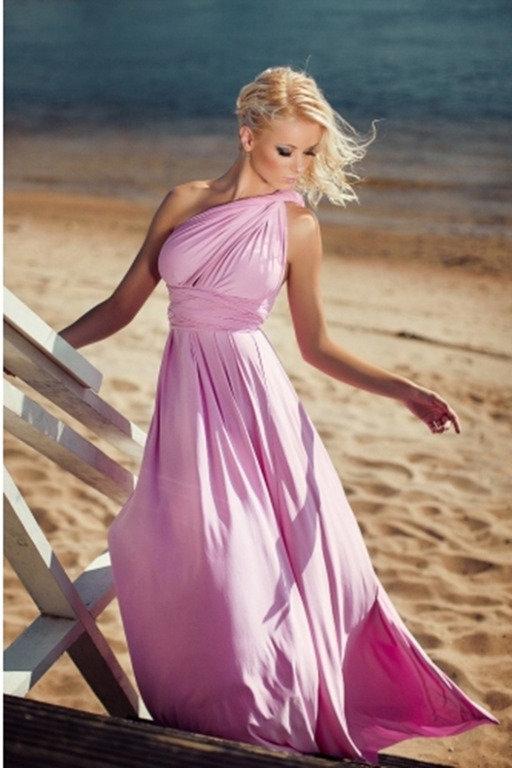Фото шикарной блондинки в платье