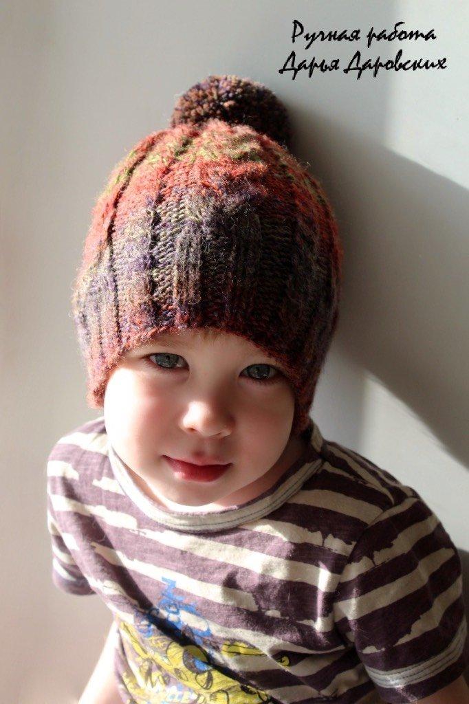 Вязание шапок для мальчиков спицами на весну