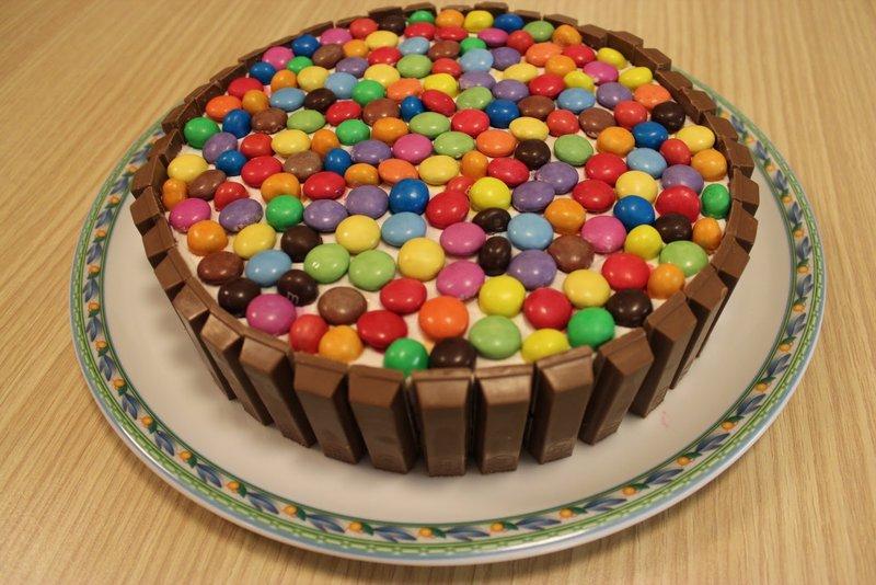 Как сделать красивый торт для детей своими руками