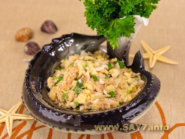 Салат с горбушей консервированной с