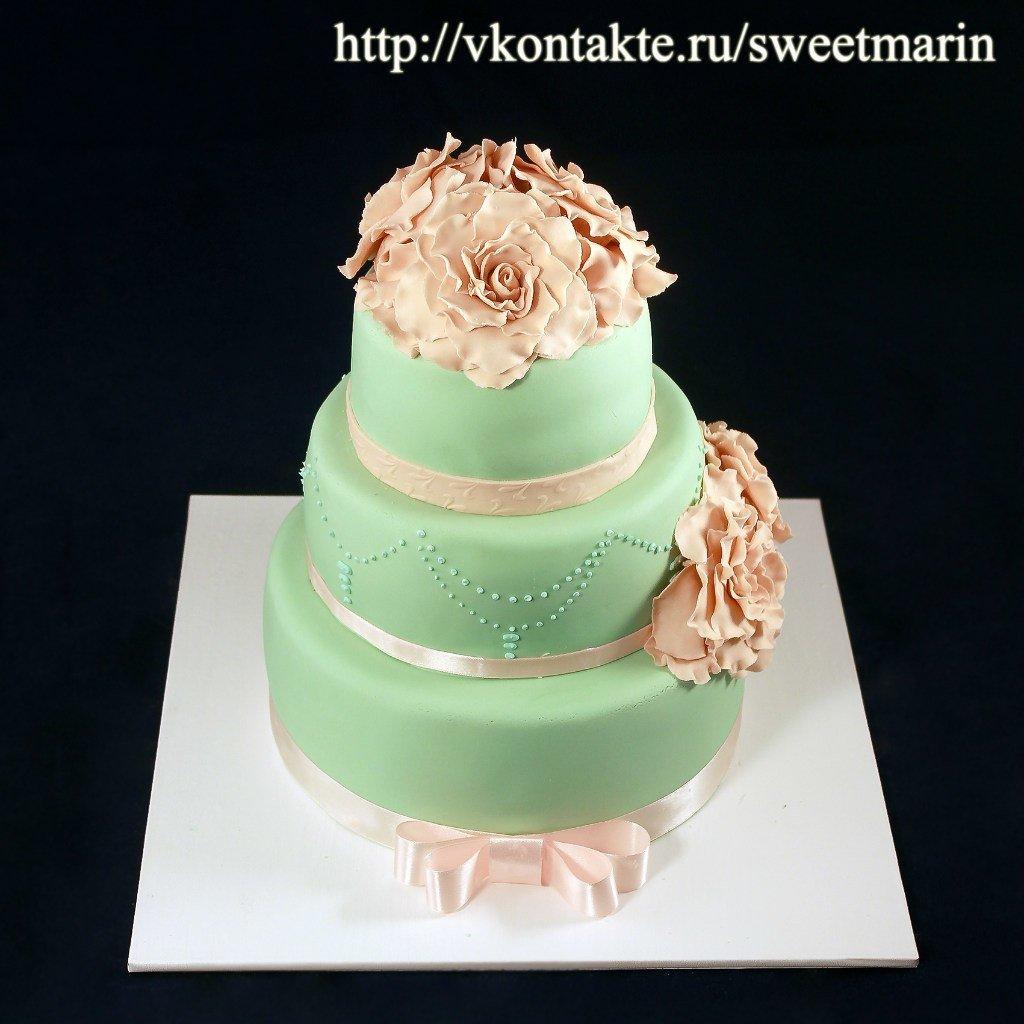 Торт в мятном цвете на свадьбу фото