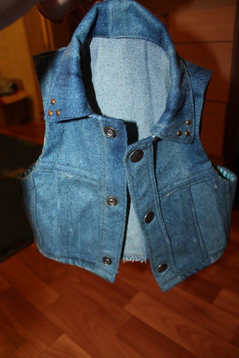 Жилетка из старых джинсов фото
