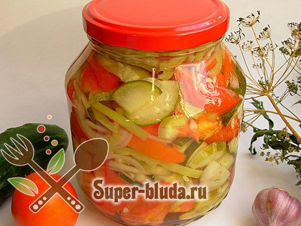 Как приготовить из помидор салаты на зиму