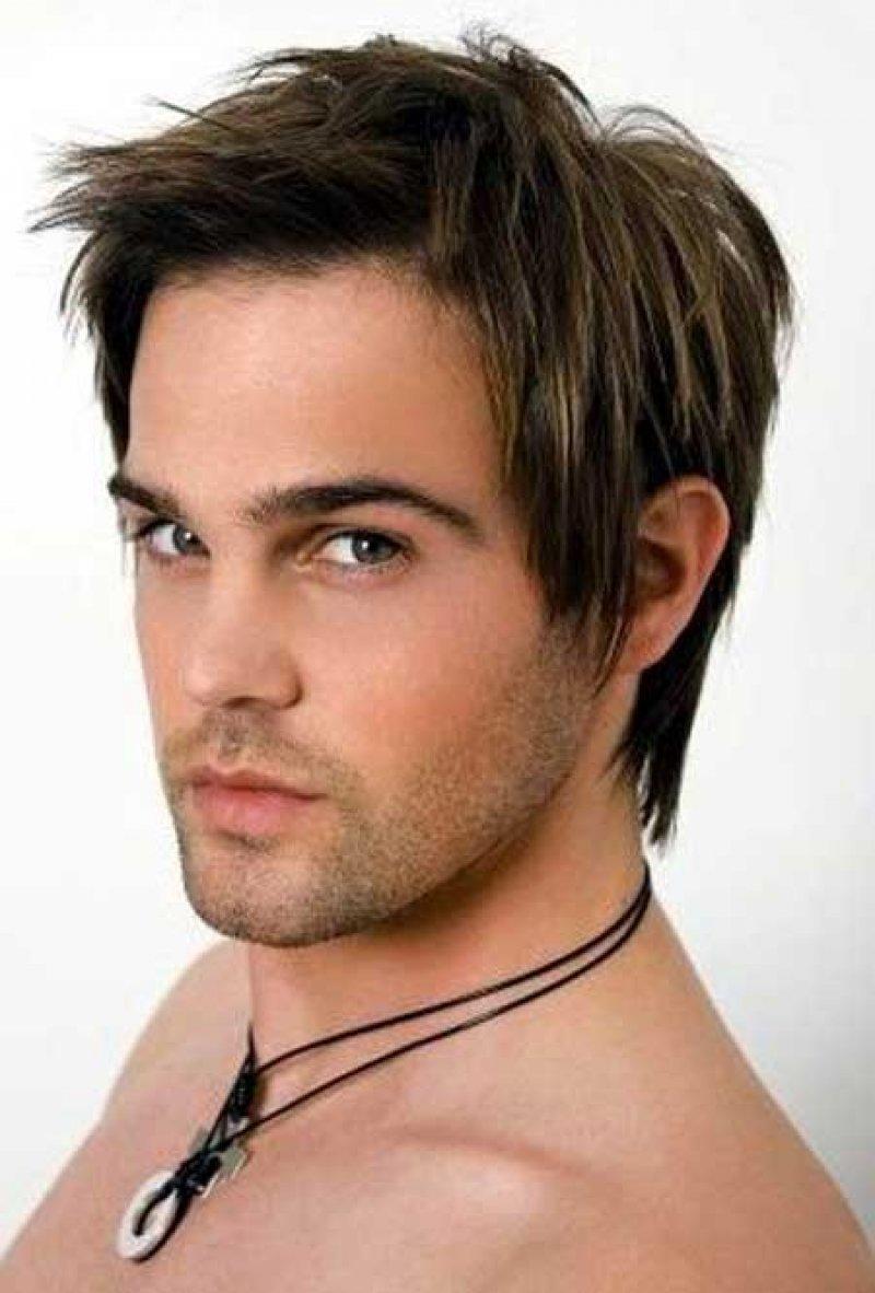 Модные мужские прически на средние волосы фото