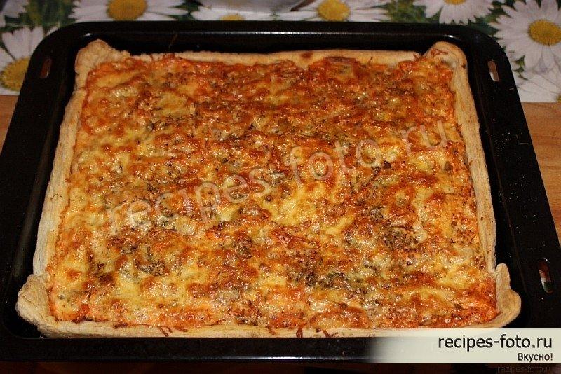 Пицца с курицей на слоеном тесте в духовке рецепт с пошагово