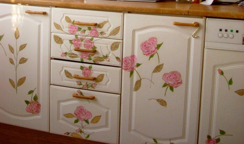Украсить кухонную мебель своими руками 77