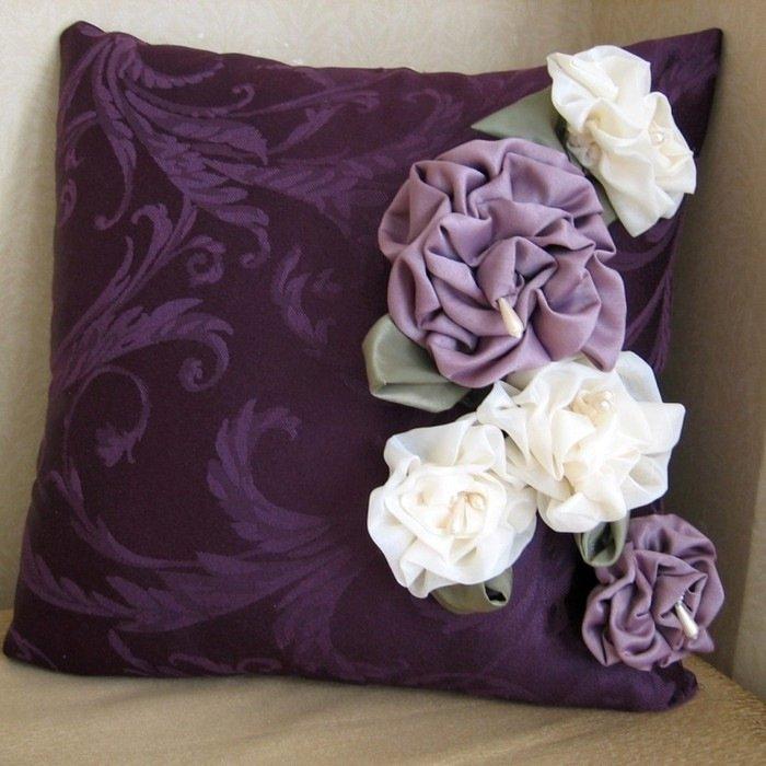 Декор подушек цветами своими руками 97