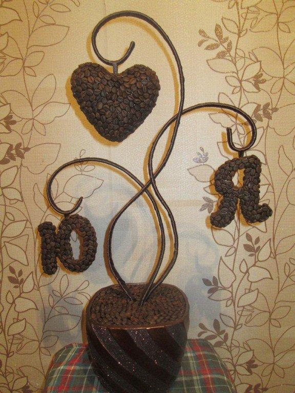 Поделки с кофейными зернами дерево