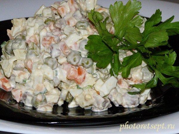 Рецепты салатов оливье с колбасой с фото