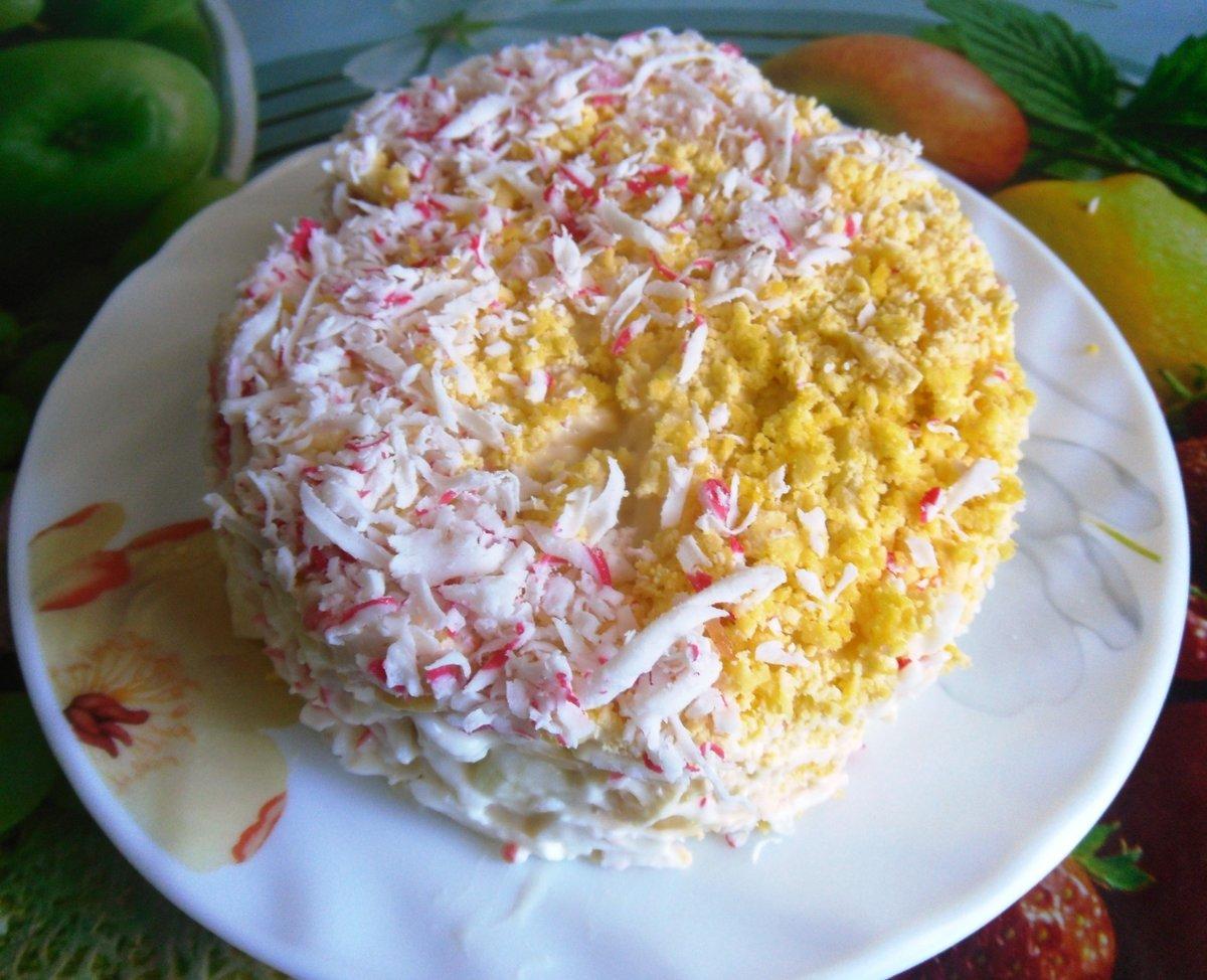Как сделать салат слоями из крабовых палочек и