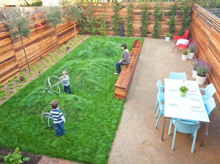 Детская площадка на маленьком участке своими руками