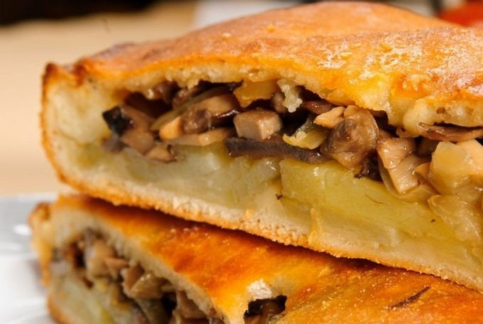 Пирог с грибами картошкой и сыром в духовке рецепт
