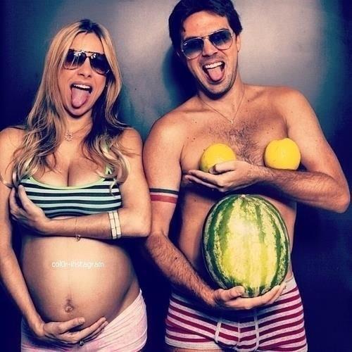Смешные фотосессии беременных с мужьями 31
