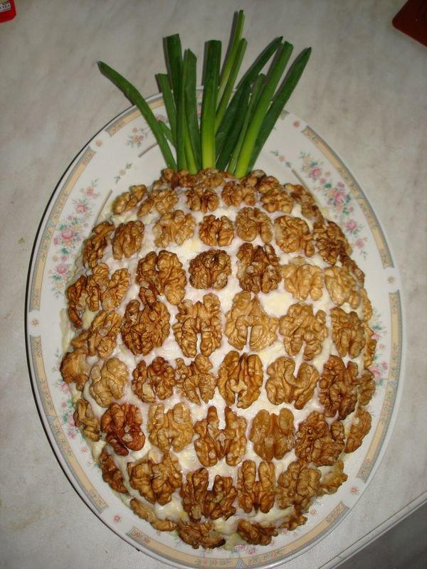 Как сделать салат из ананасов курицы и
