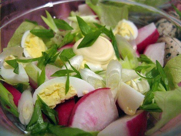 Салат из редиски с яйцом с