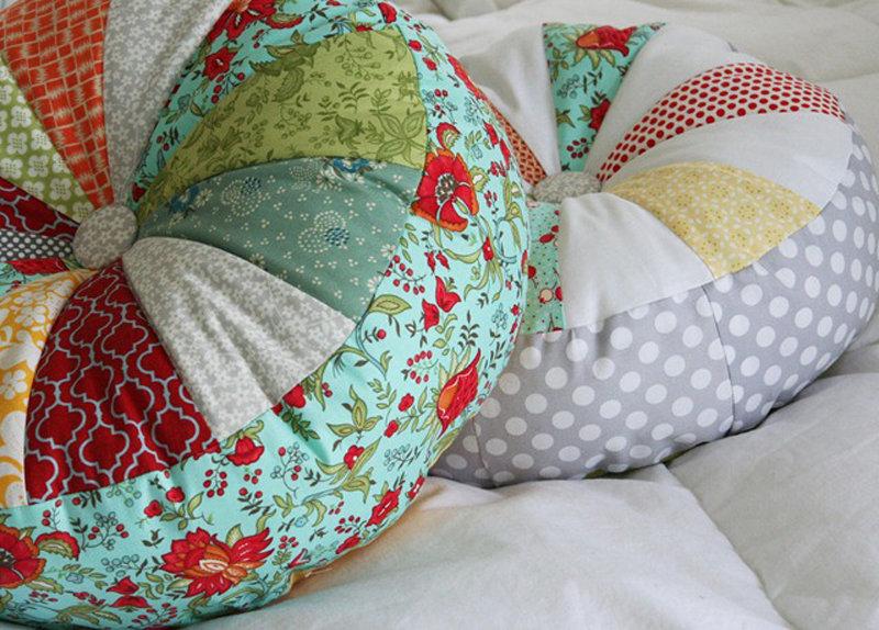 Напольную подушку своими руками