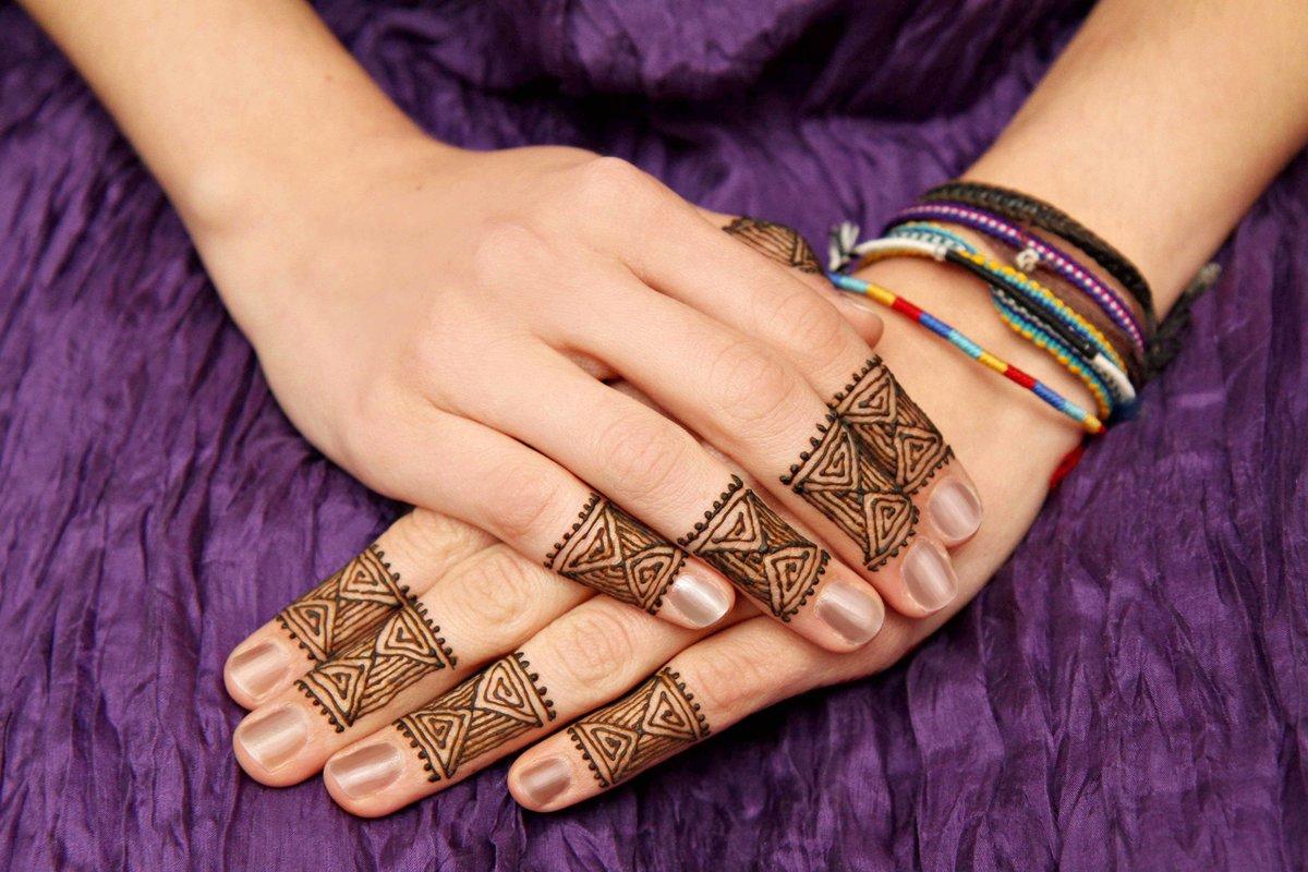 Татуировки на пальцах 74