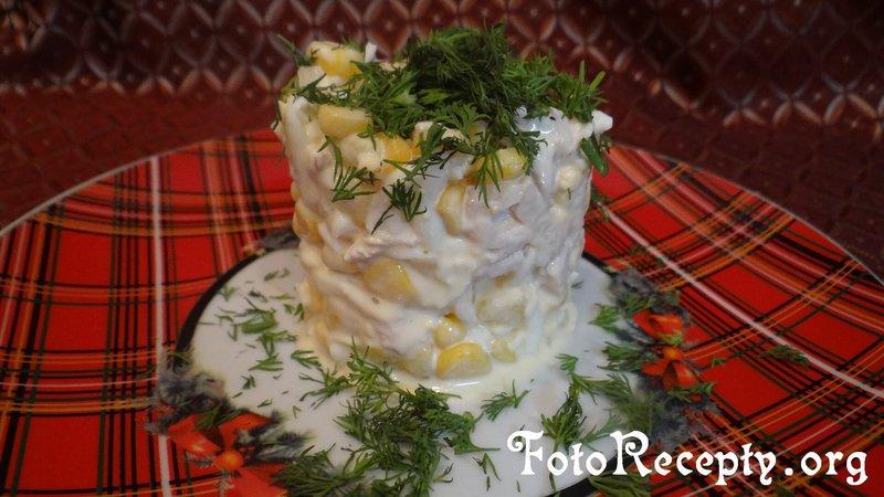 Салат из ананасов и курицы слоями рецепт с очень вкусный с