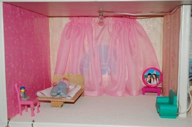 Как сделать своими руками кукольную комнату