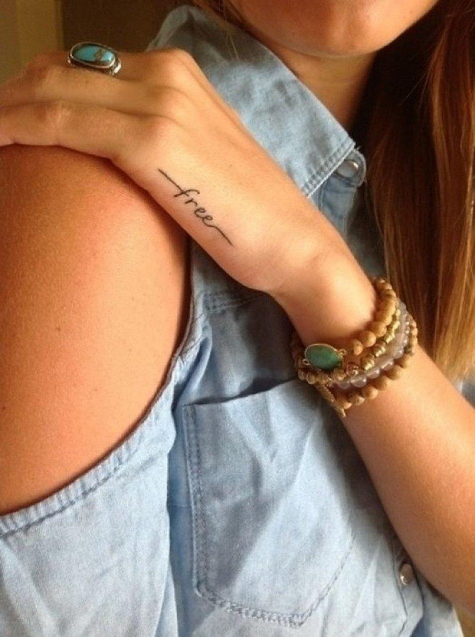 Фото маленьких татуировок для девушки