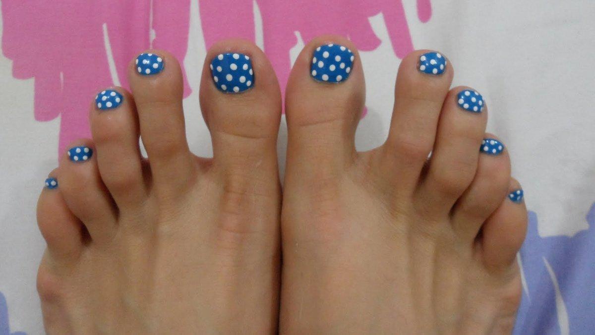 Ногти на ногах лето фото и