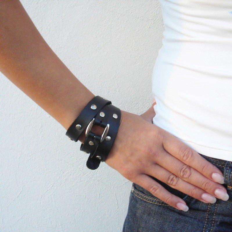 Смотреть браслеты из кожи своими руками 72