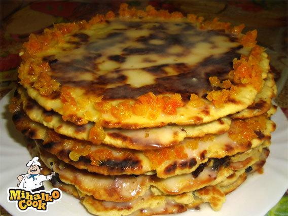 Торт медовик на сковороде классический рецепт с фото пошагово