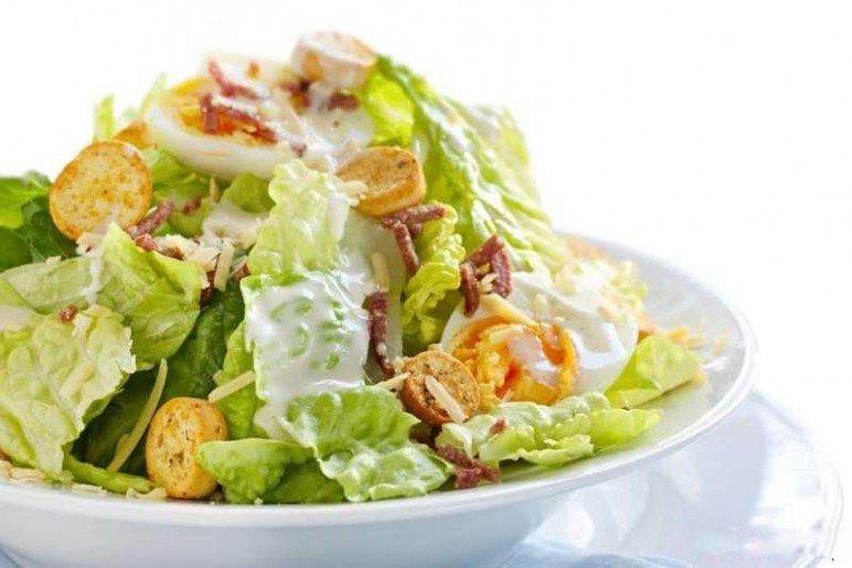 Цезарь салат рецепт с курицей и сухариками в домашних условиях