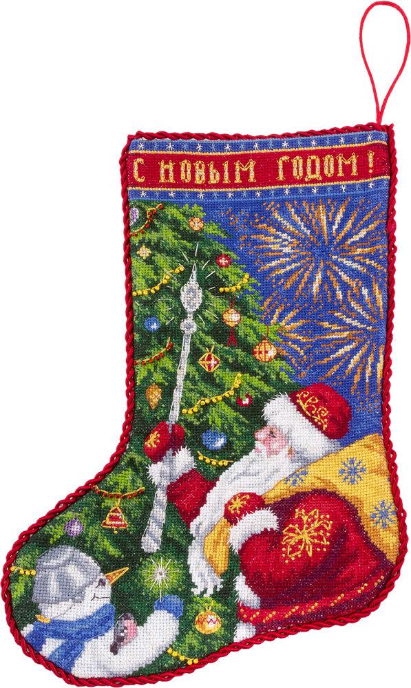 Вышивка для новогоднего сапожка 11