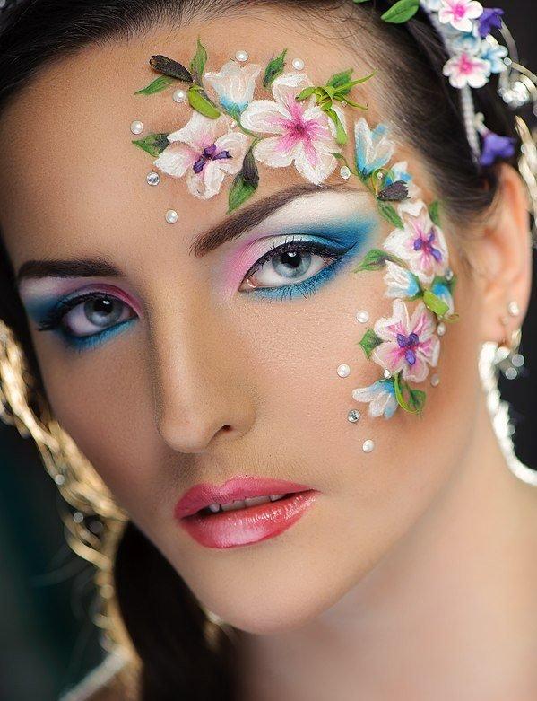 Макияж цветы на глазах