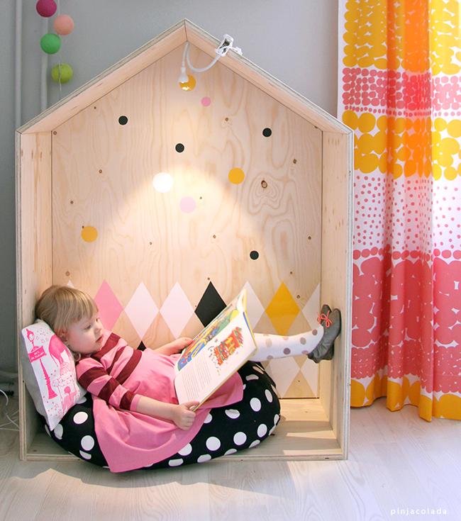 Для ребенка домик из фанеры