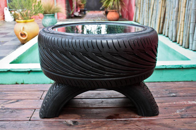 Что можно сделать из автомобильных колес своими руками 64