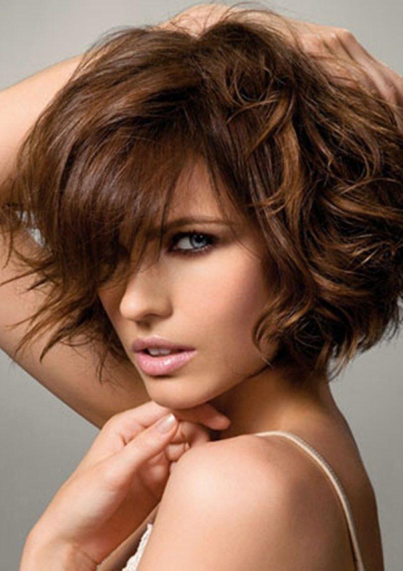 Как подстричься волнистые волосы красиво фото для девушек