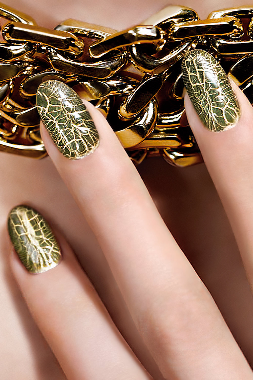 Дизайн ногтей кракелюр
