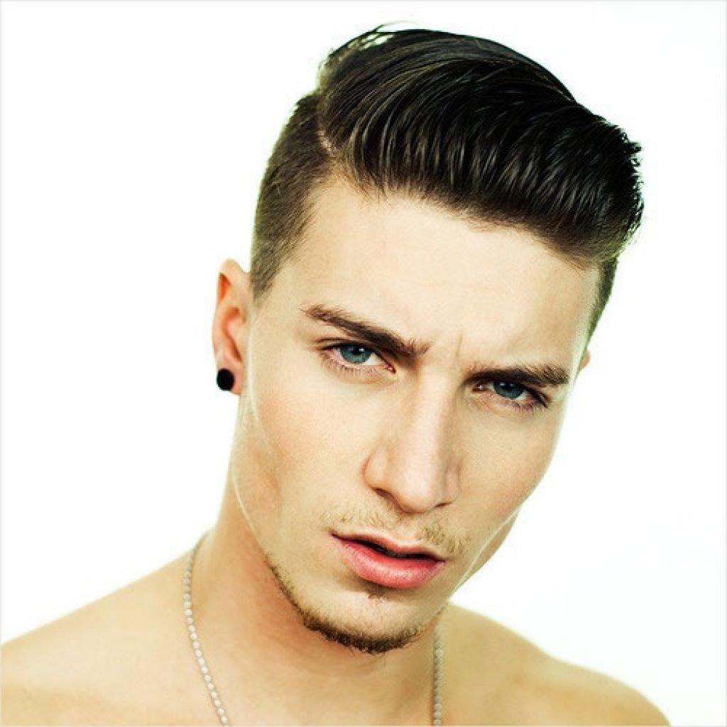 Мужские причёски с зачёсом чёлки