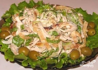 Блинный салат с ветчиной