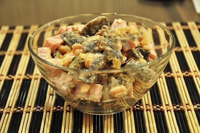Салат с белой фасолью и мясом рецепт с