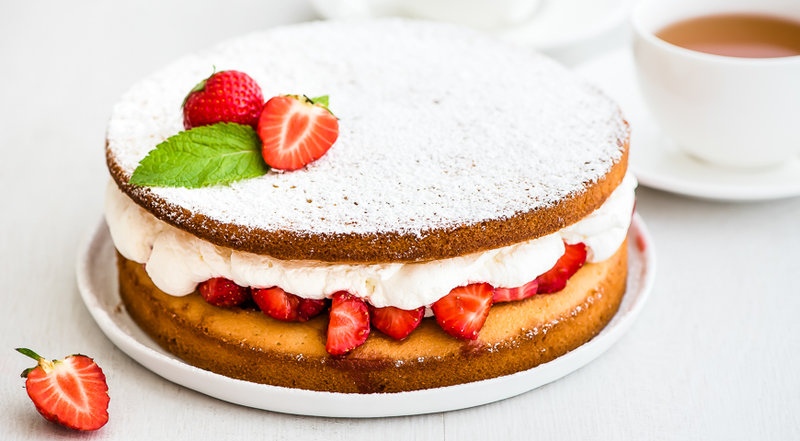 Торт с клубникой и сливками рецепт пошагово в домашних условиях