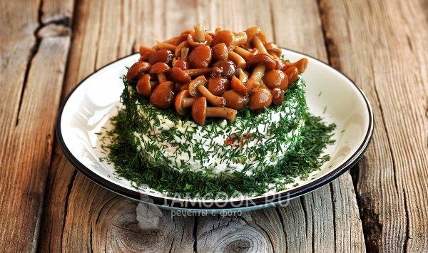 Салат грибное лукошко с опятами рецепт